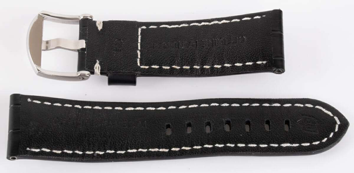 Rear / Band View of Black Alligator Strap
