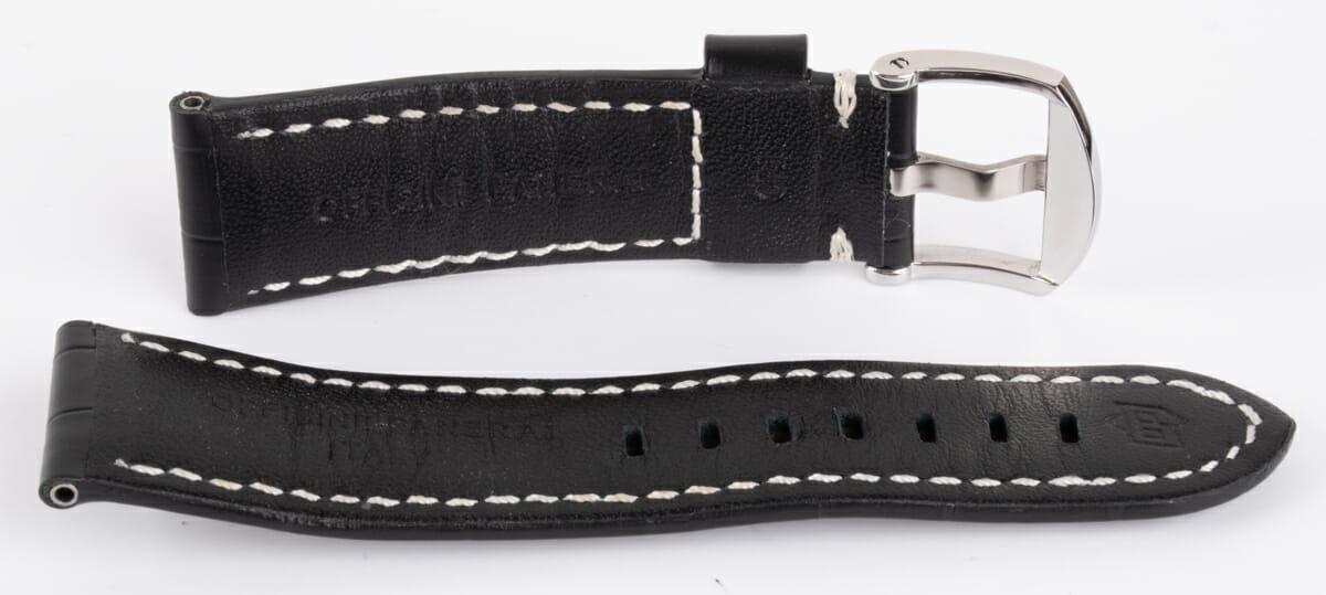 9' Side Shot of Black Alligator Strap