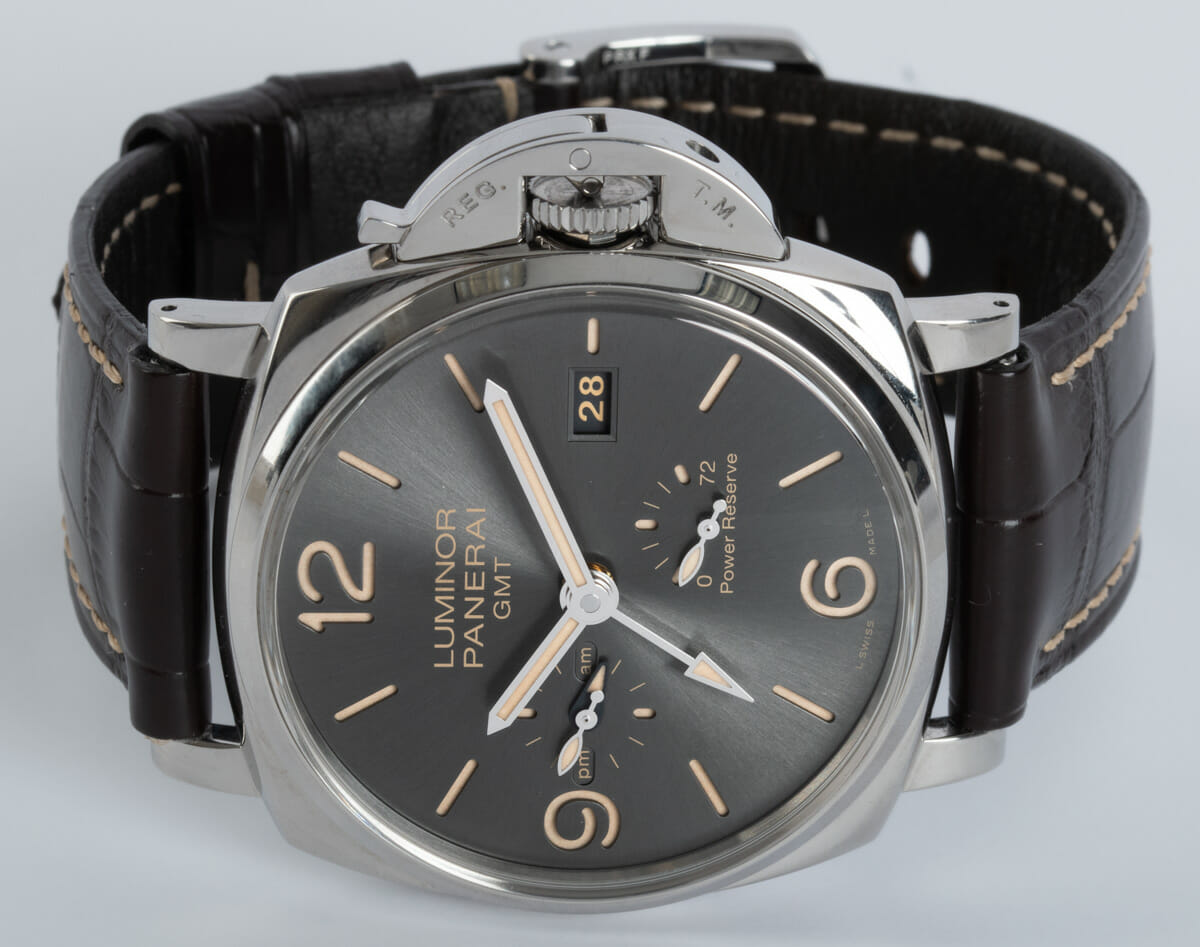 Front View of Luminor Due GMT