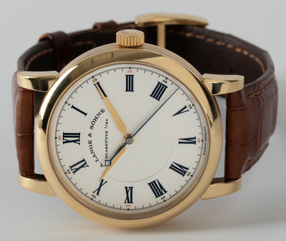 Front View of The Richard Lange
