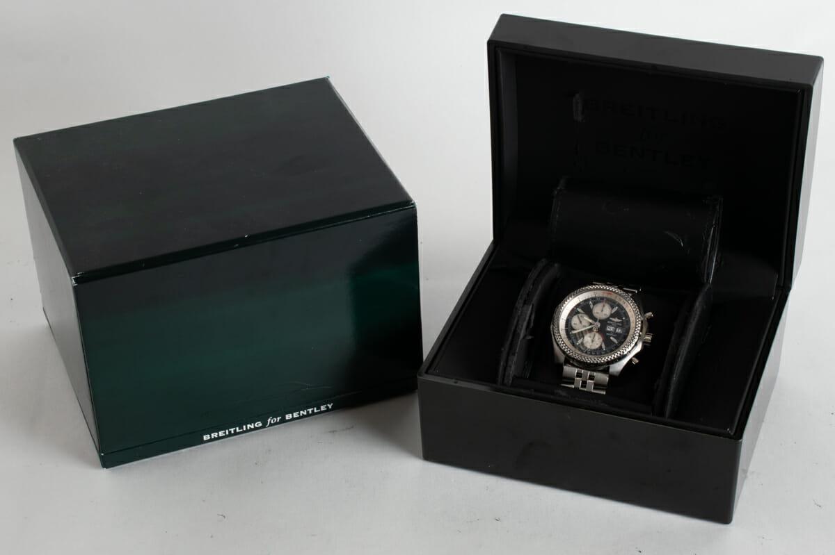 Box / Paper shot of Bentley GT Racing Chronograph