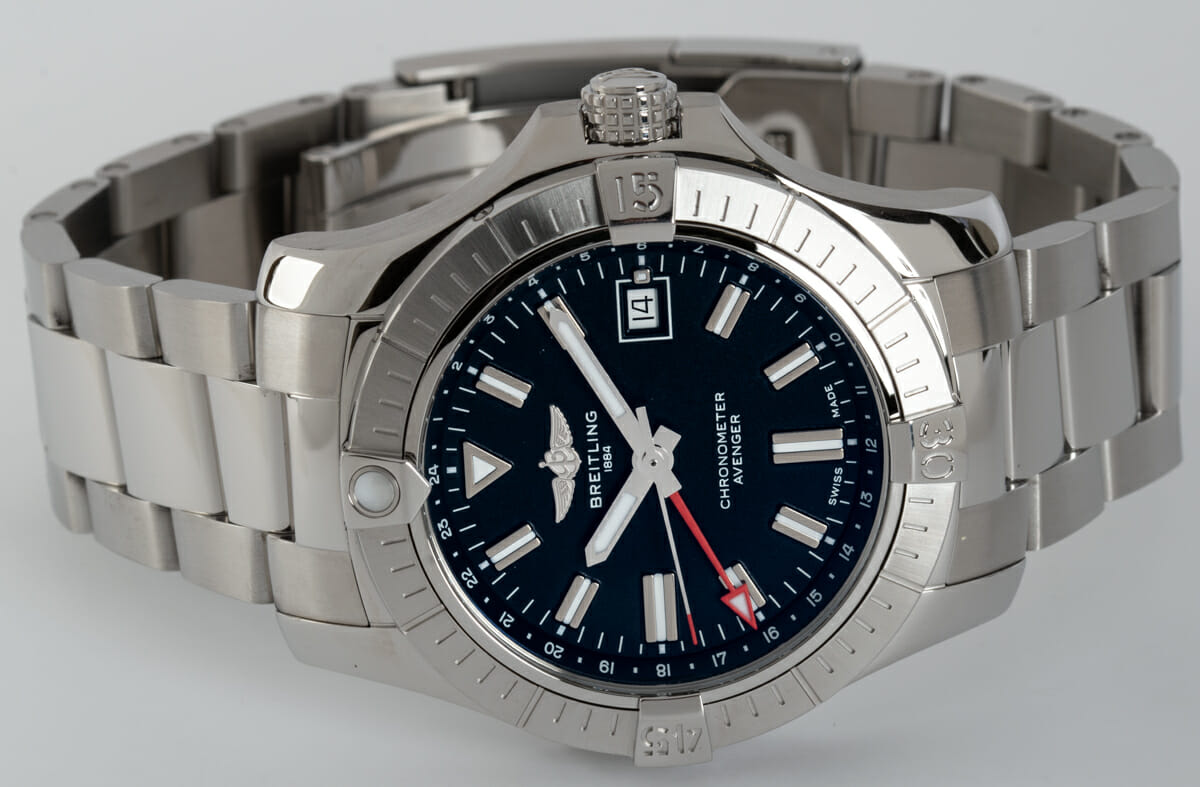 Front View of Avenger GMT 43