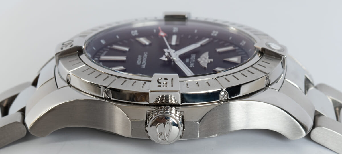 Crown Side Shot of Avenger Automatic 43