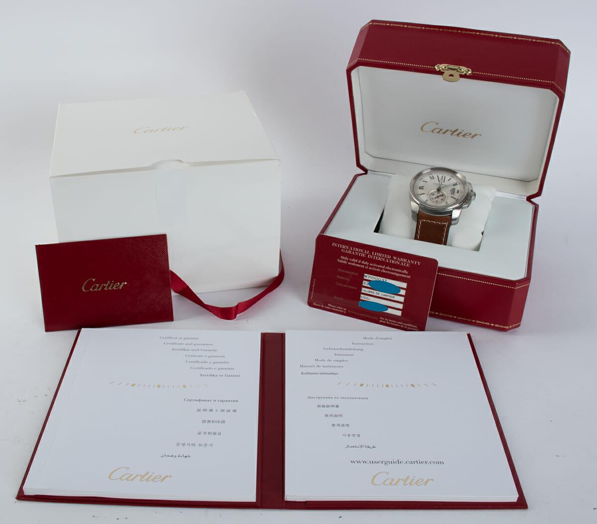 Box / Paper shot of Calibre De Cartier