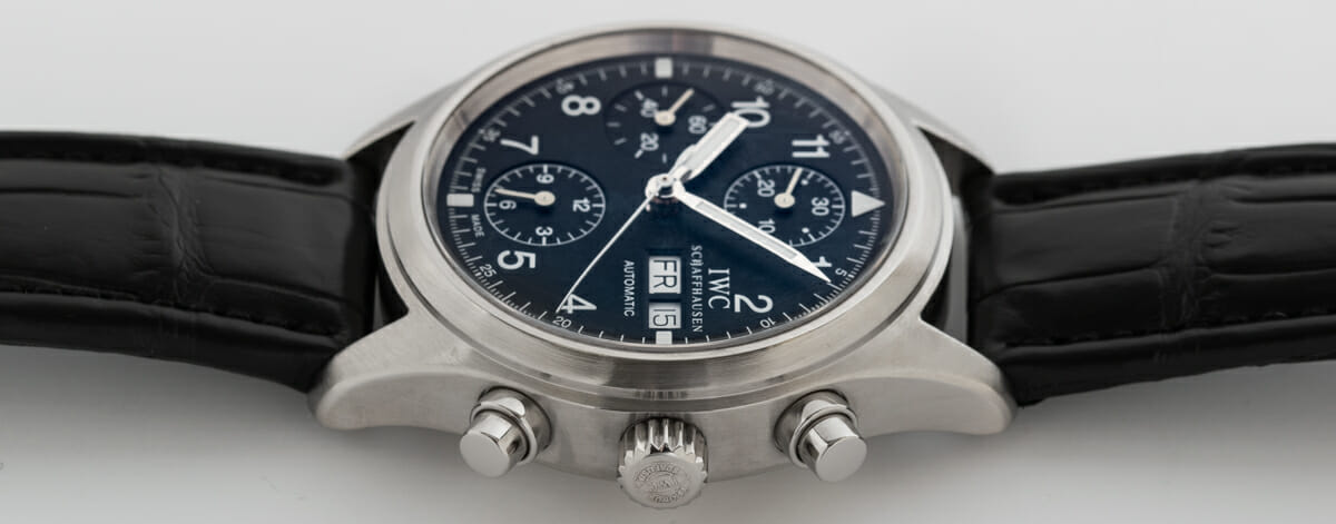 Crown Side Shot of Fliegerchronograph