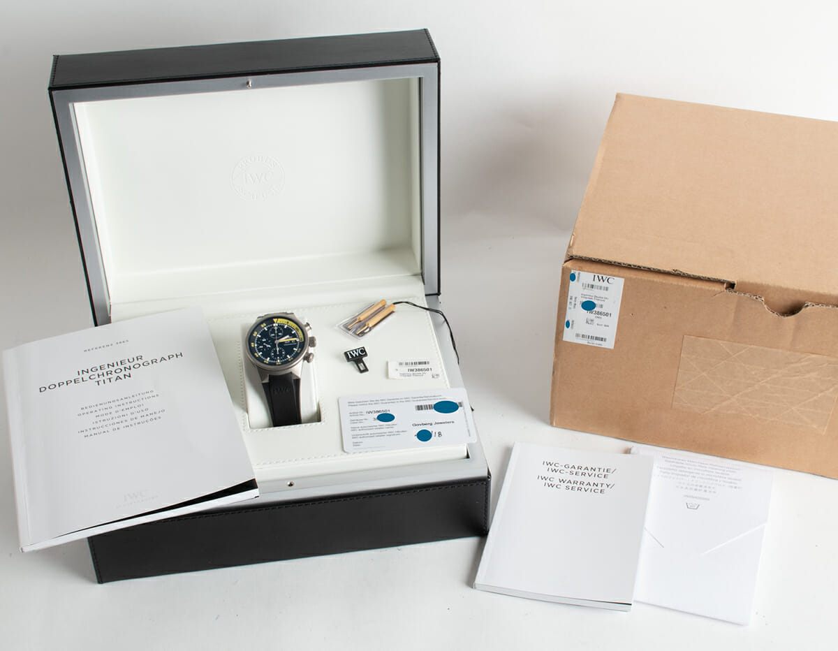 Box / Paper shot of Aquatimer Chrono-Automatic