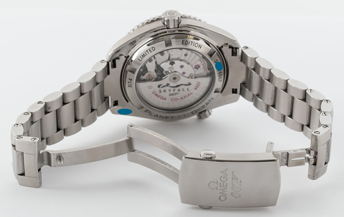 Open Clasp Shot of Seamaster Planet Ocean 'Skyfall' Limited Edition