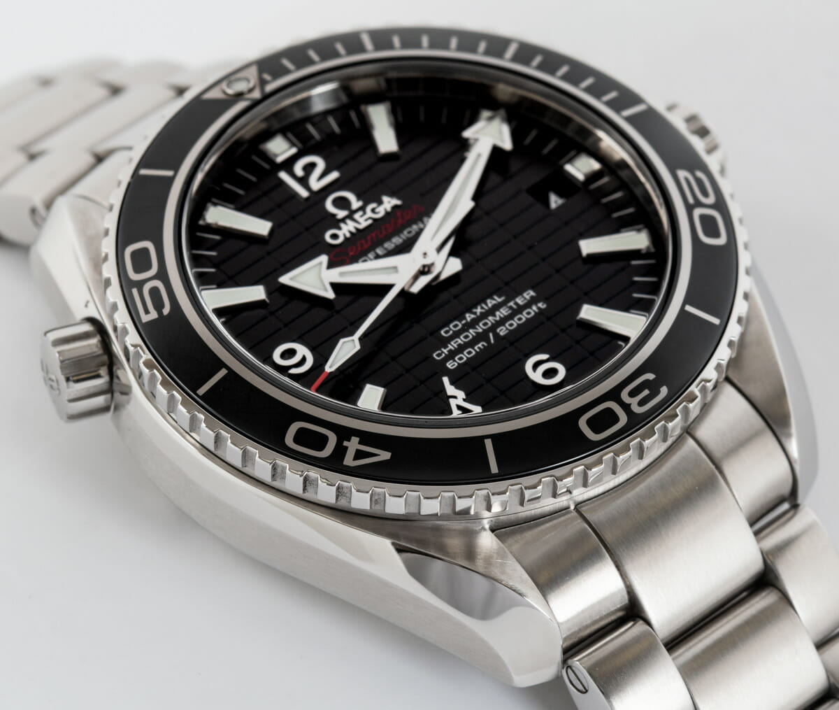 9' Side Shot of Seamaster Planet Ocean 'Skyfall' Limited Edition