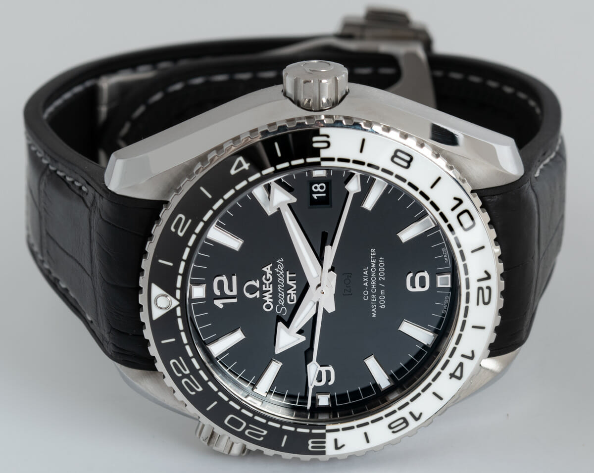Front View of Planet Ocean GMT 600M