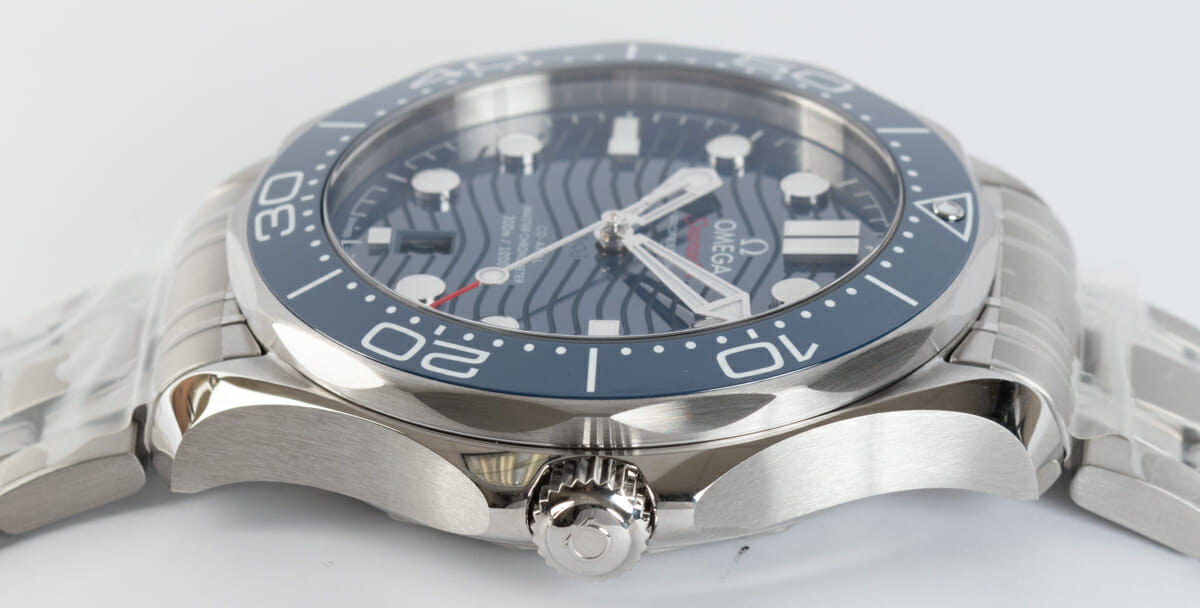 Crown Side Shot of Seamaster Diver 300M Master Chronometer