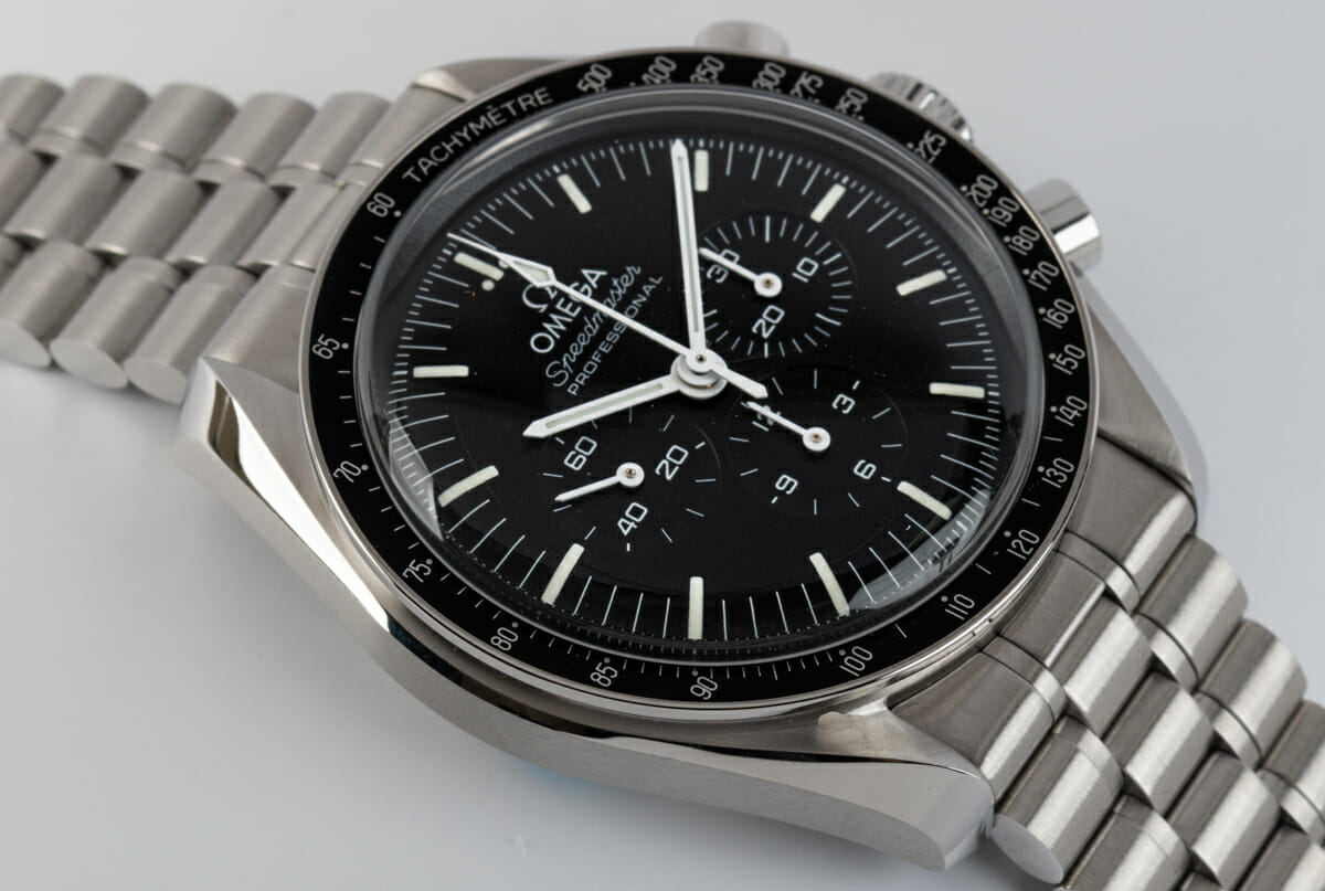 9' Side Shot of Speedmaster Moonwatch Professional Co-Axial Master Chronometer
