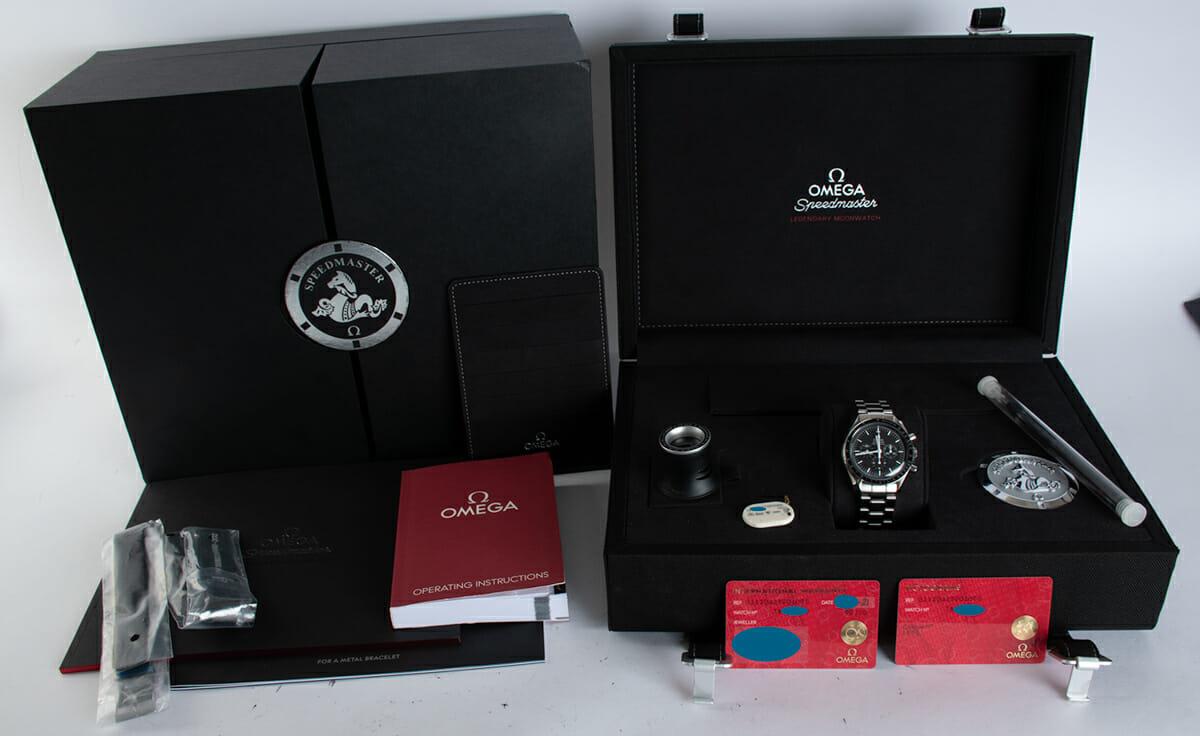 Box / Paper shot of Speedmaster Legendary Moonwatch
