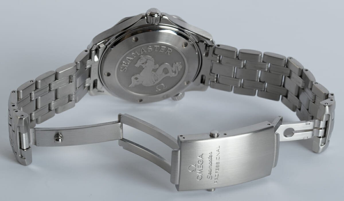 Open Clasp Shot of Seamaster Professional Co-Axial