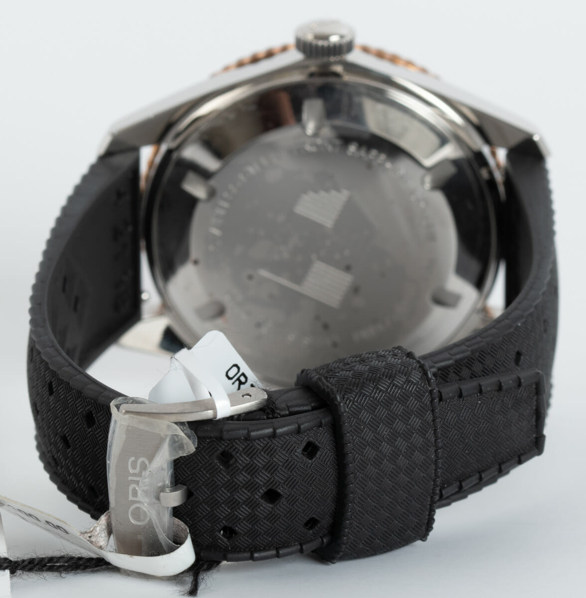 Rear / Band View of Divers Sixty-Five