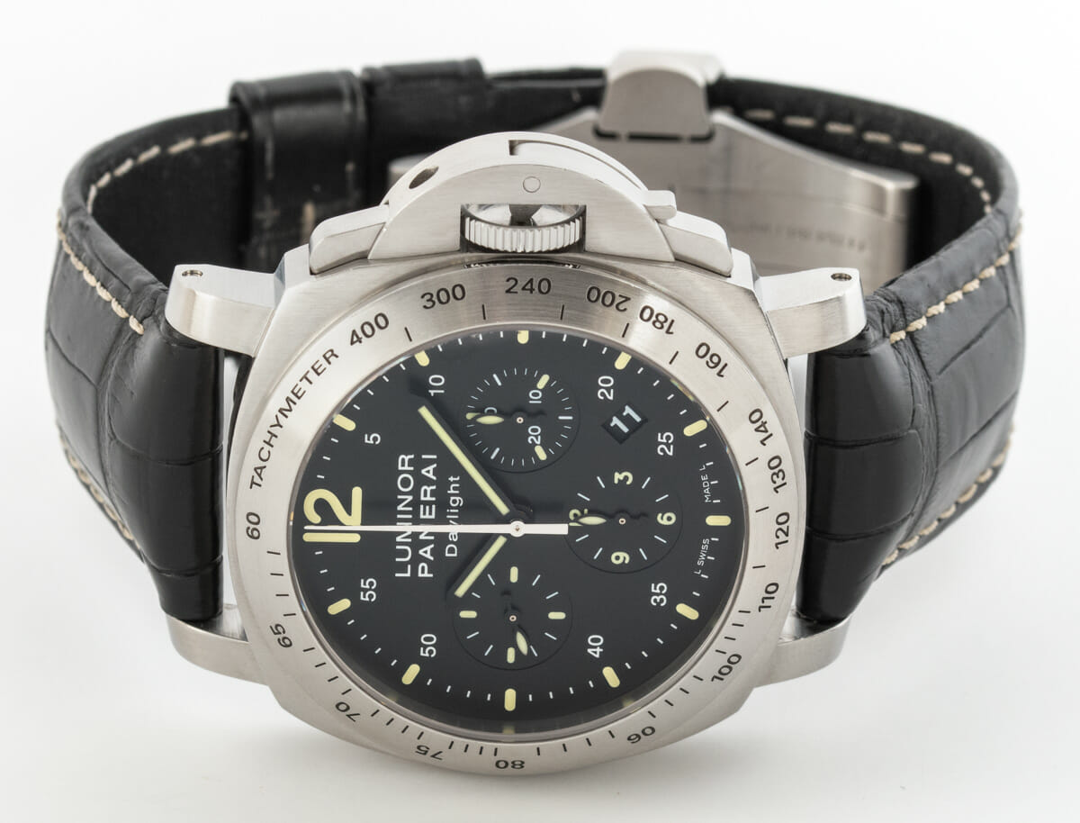 Front View of Luminor Daylight Chronograph