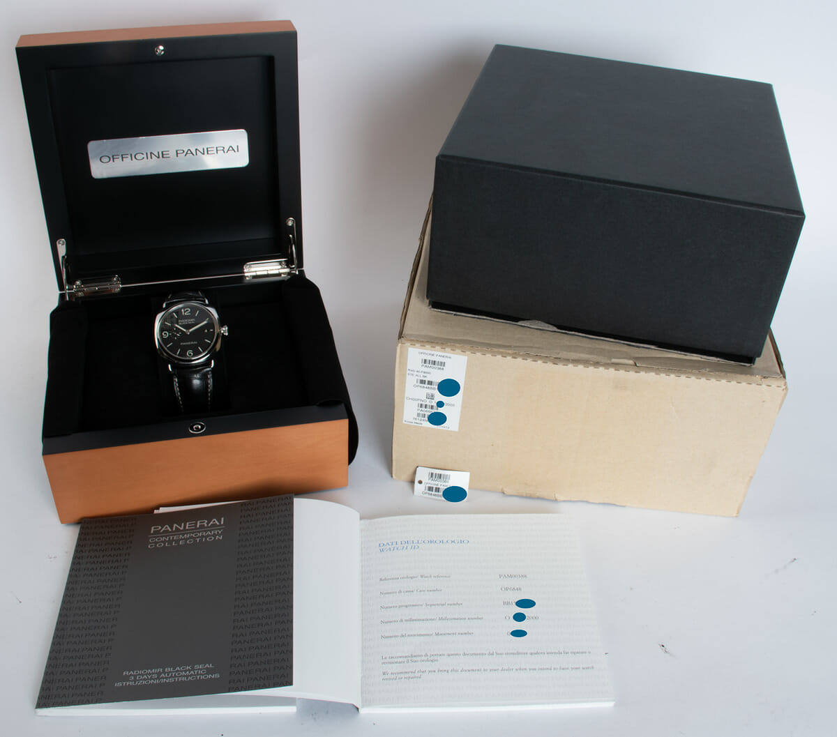 Box / Paper shot of Radiomir Black Seal 3 Days