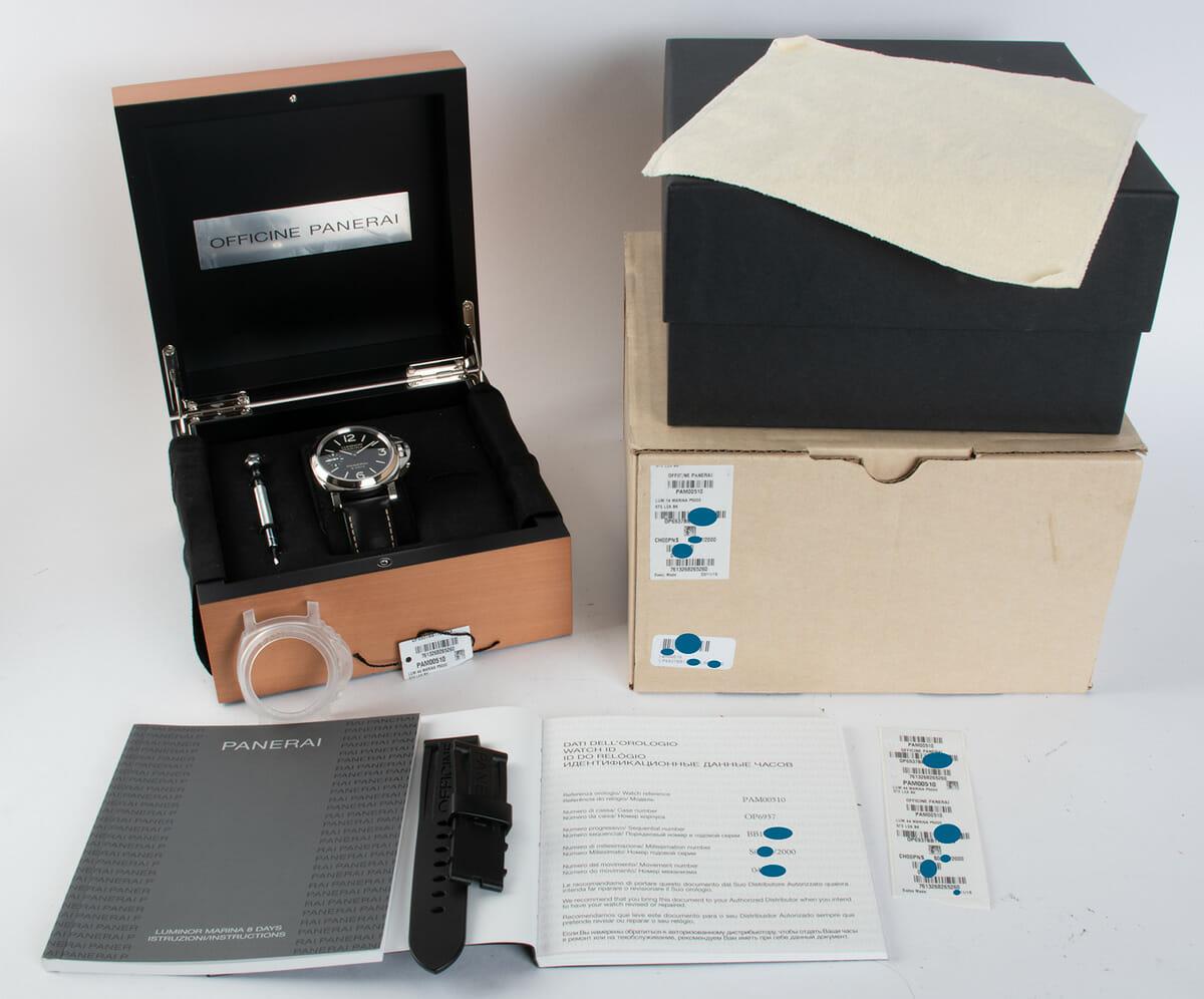 Box / Paper shot of Luminor Marina 8 Days