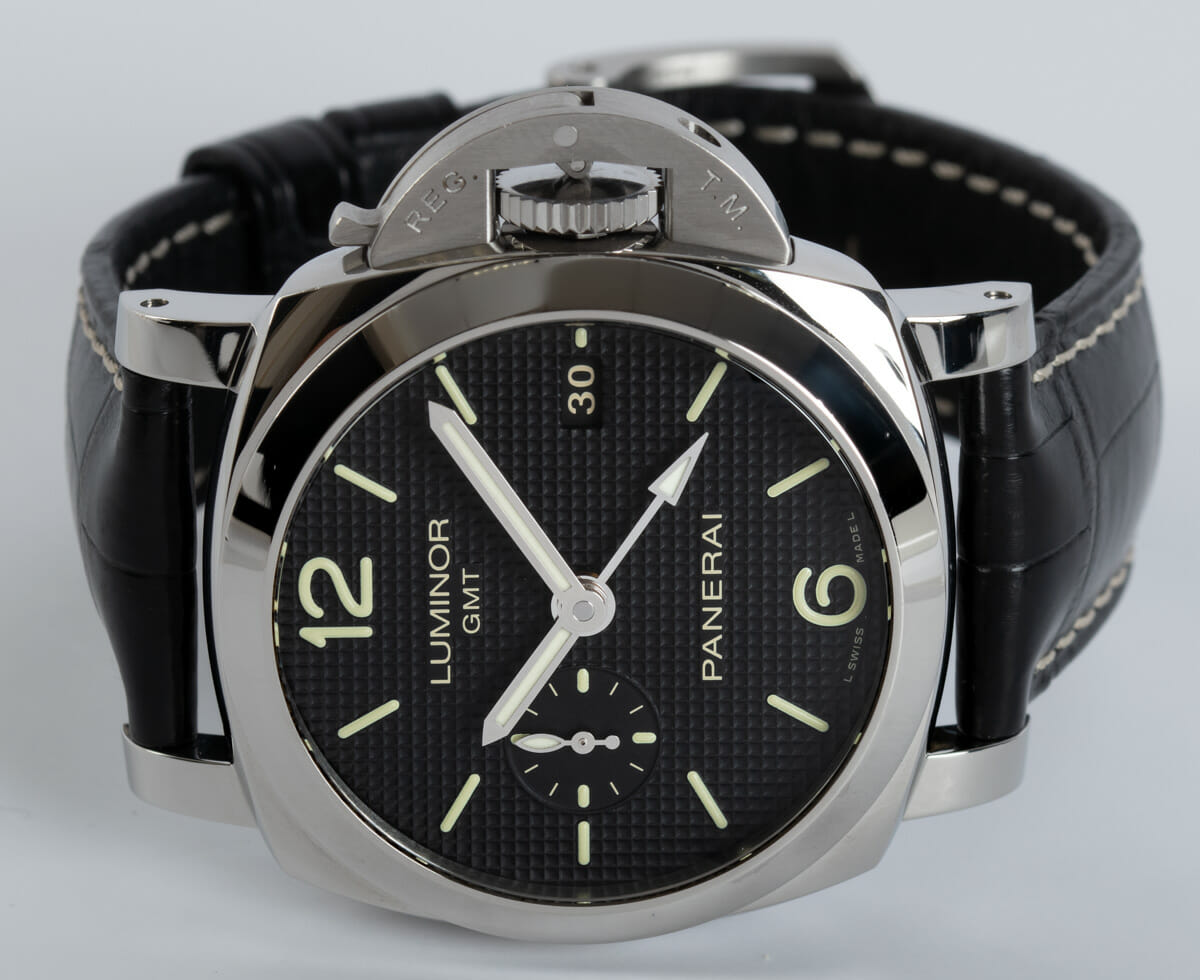 Front View of Luminor 1950 42 GMT