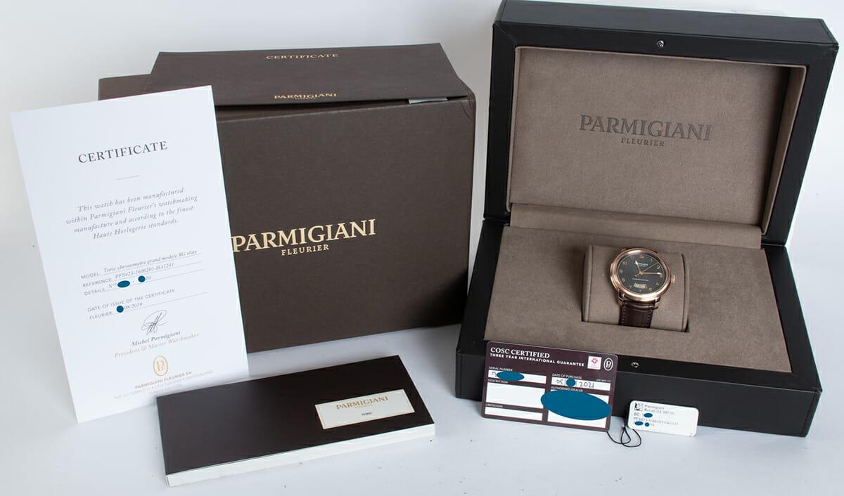 Box / Paper shot of Toric Chronometre Grand