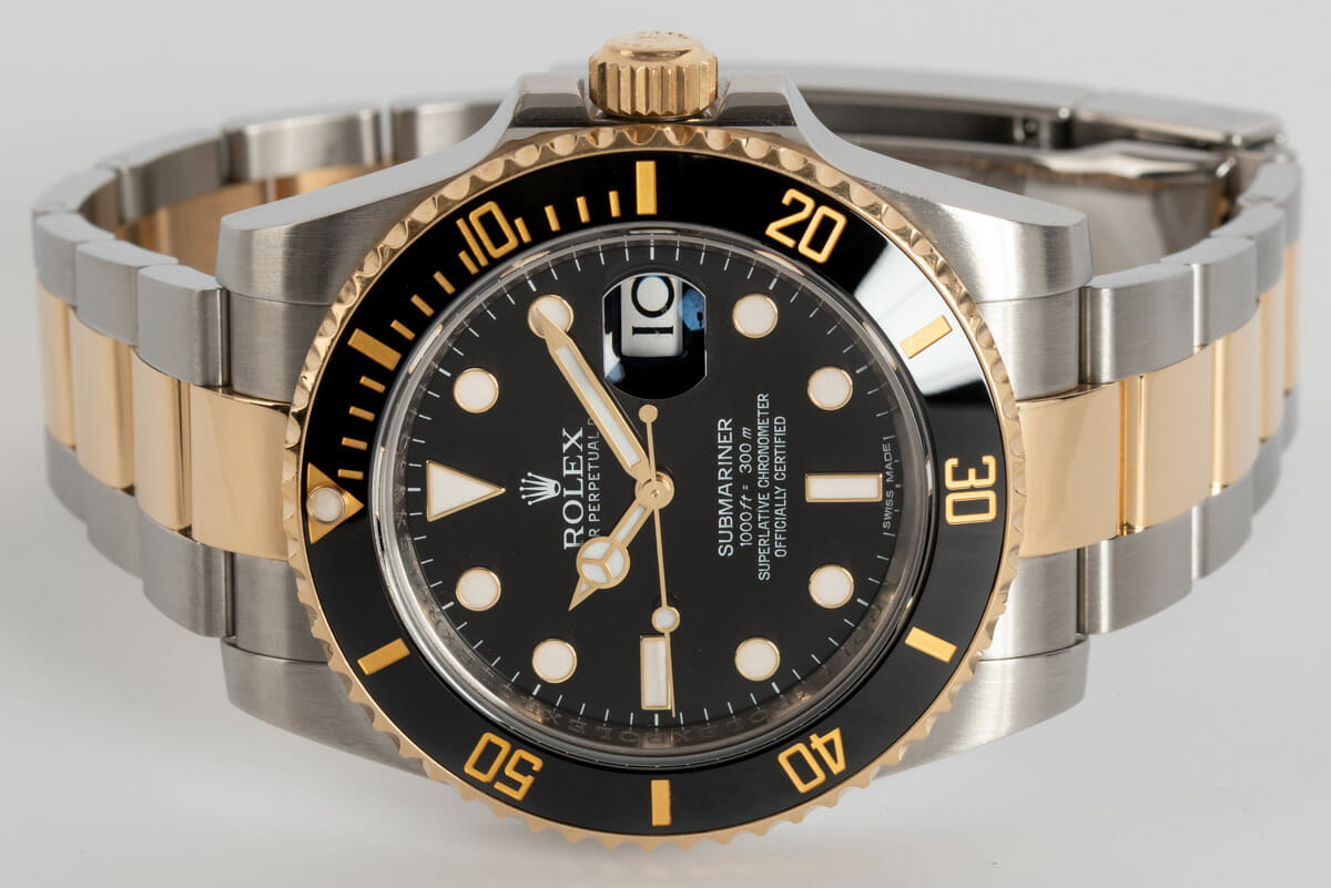 Front View of Submariner Date