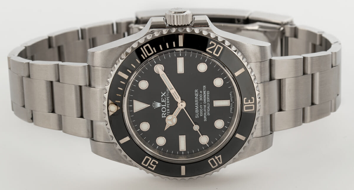 Front View of Submariner