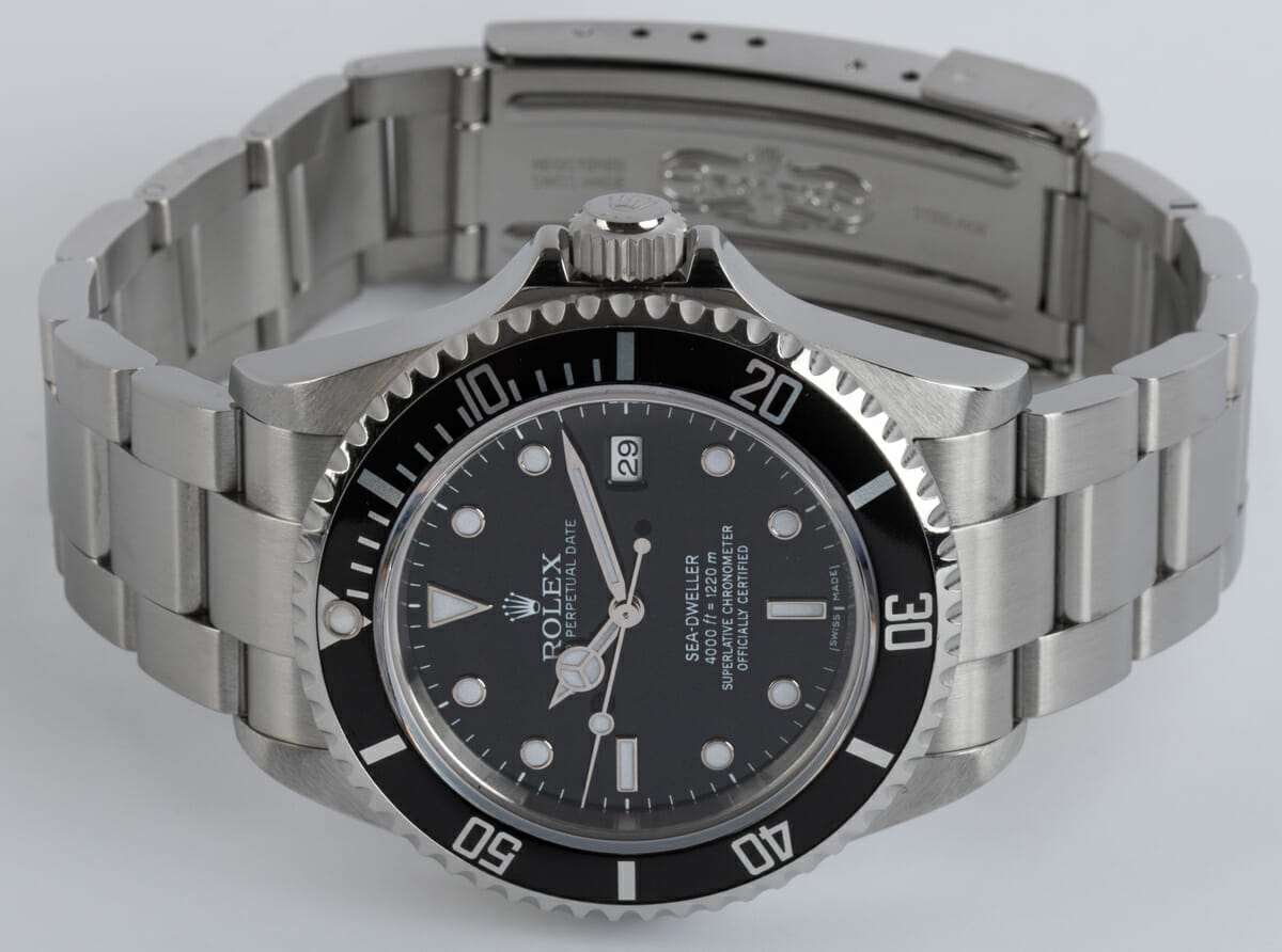 Front View of Sea-Dweller