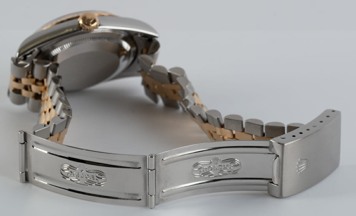 Open Clasp Shot of Datejust 36