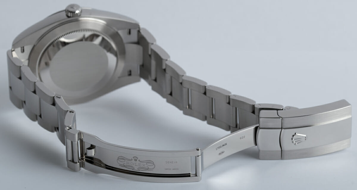 Open Clasp Shot of Datejust 41