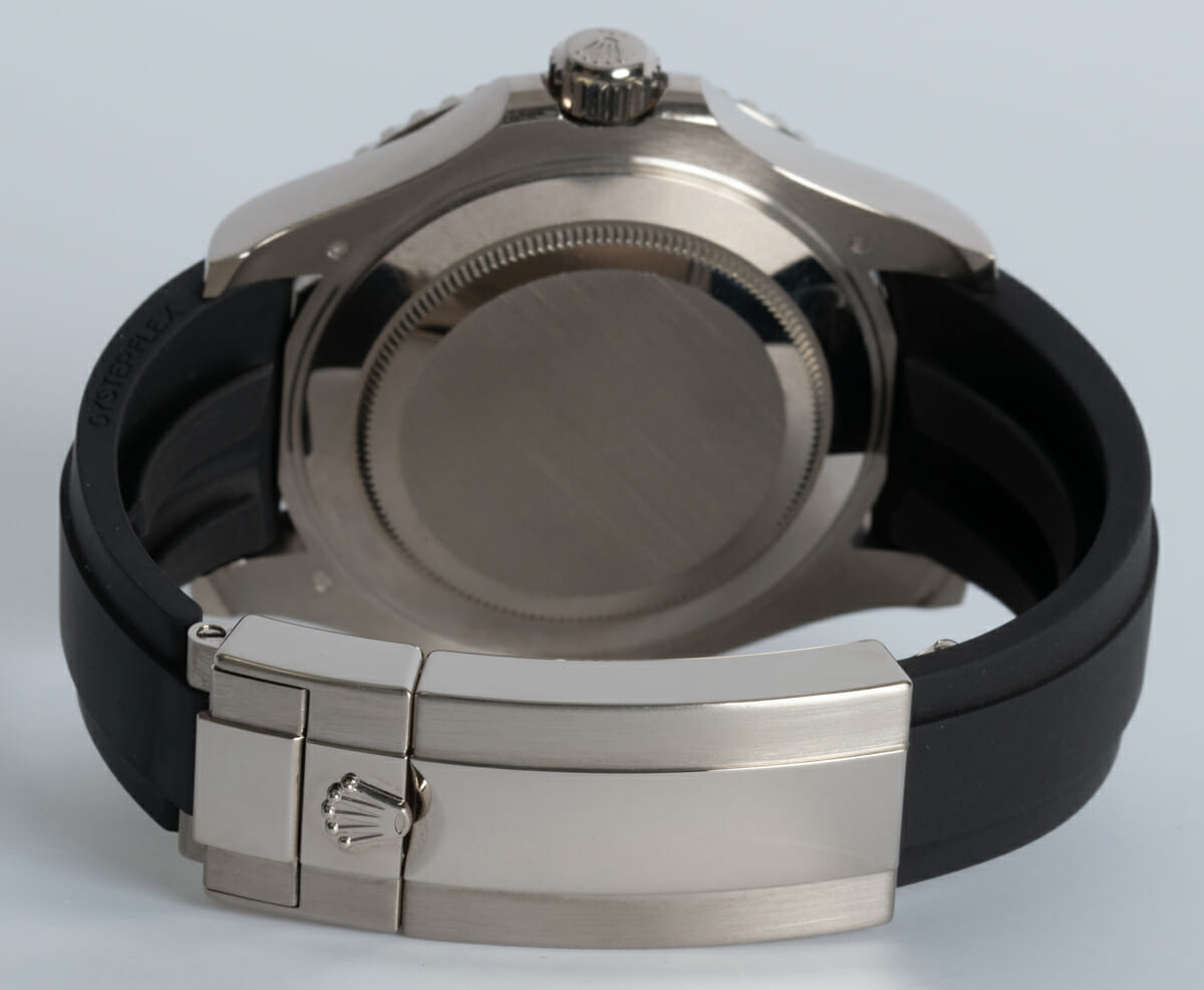 Rear / Band View of Yacht-Master 42
