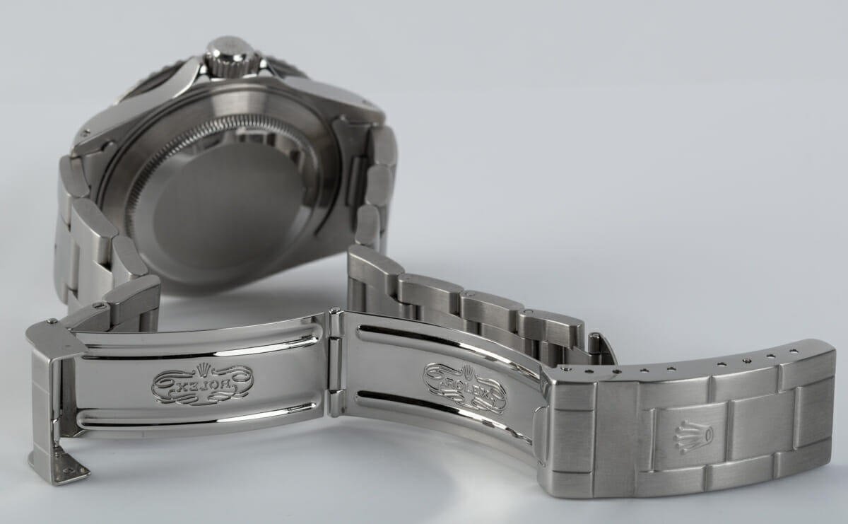 Open Clasp Shot of Submariner Date