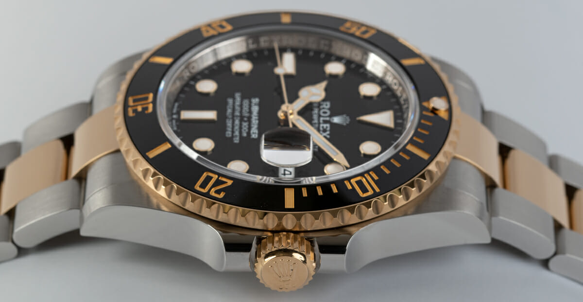 Crown Side Shot of Submariner Date 41