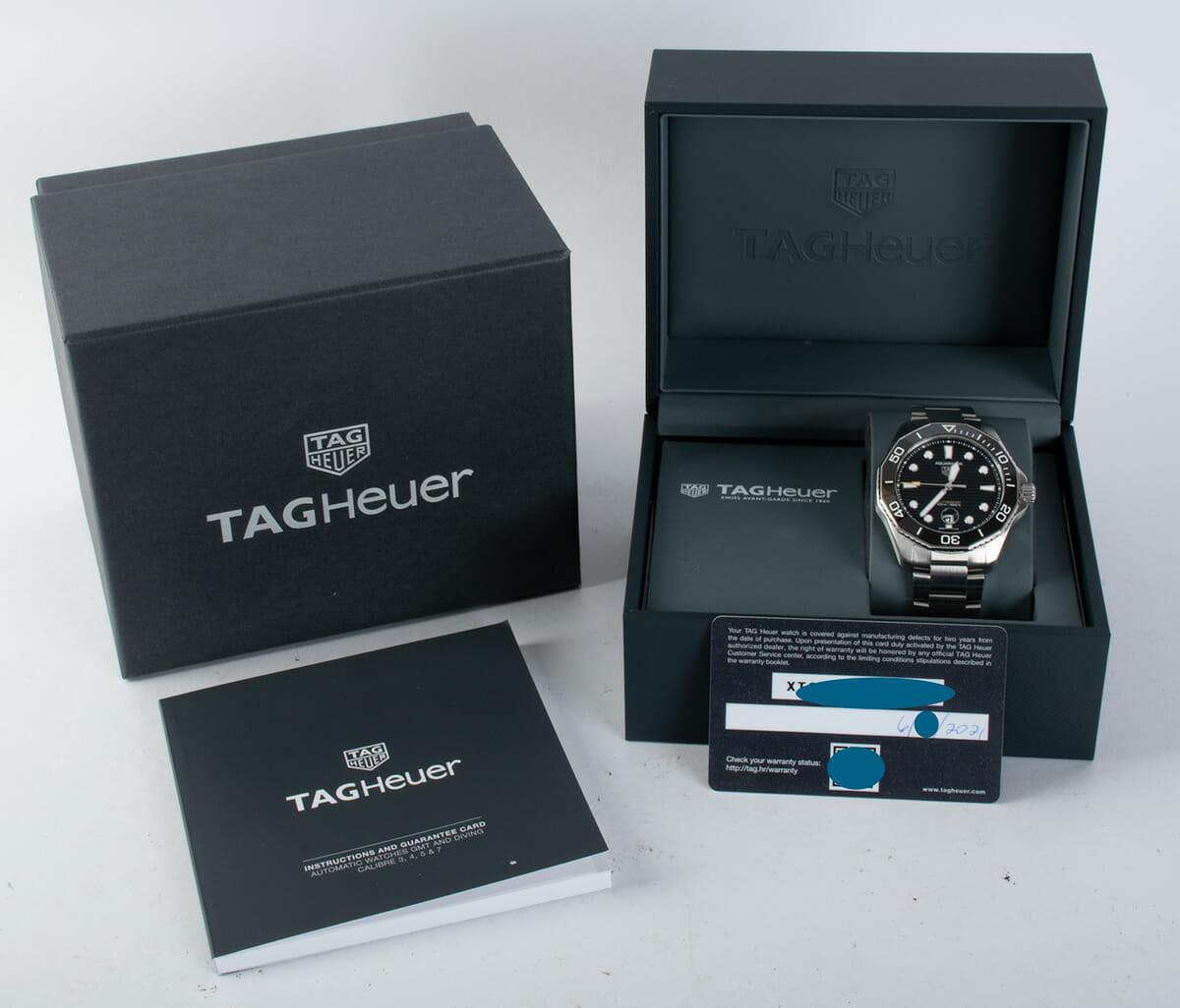 Box / Paper shot of Aquaracer Professional 300