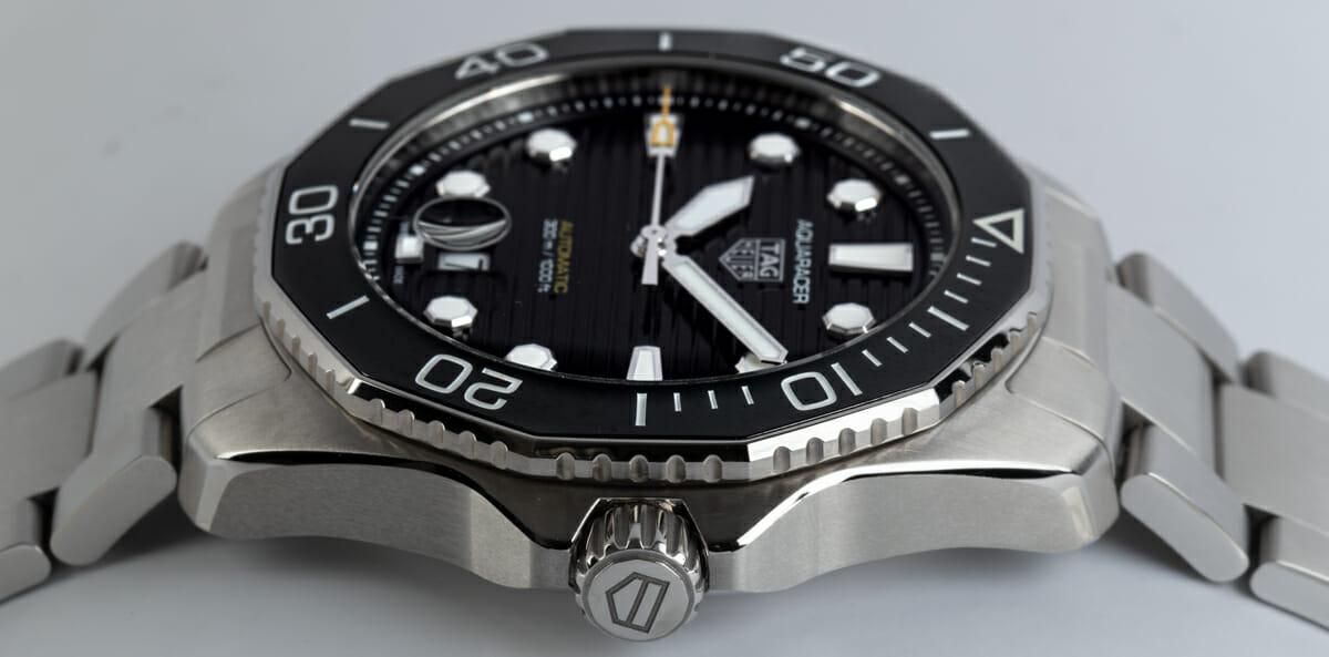 Crown Side Shot of Aquaracer Professional 300