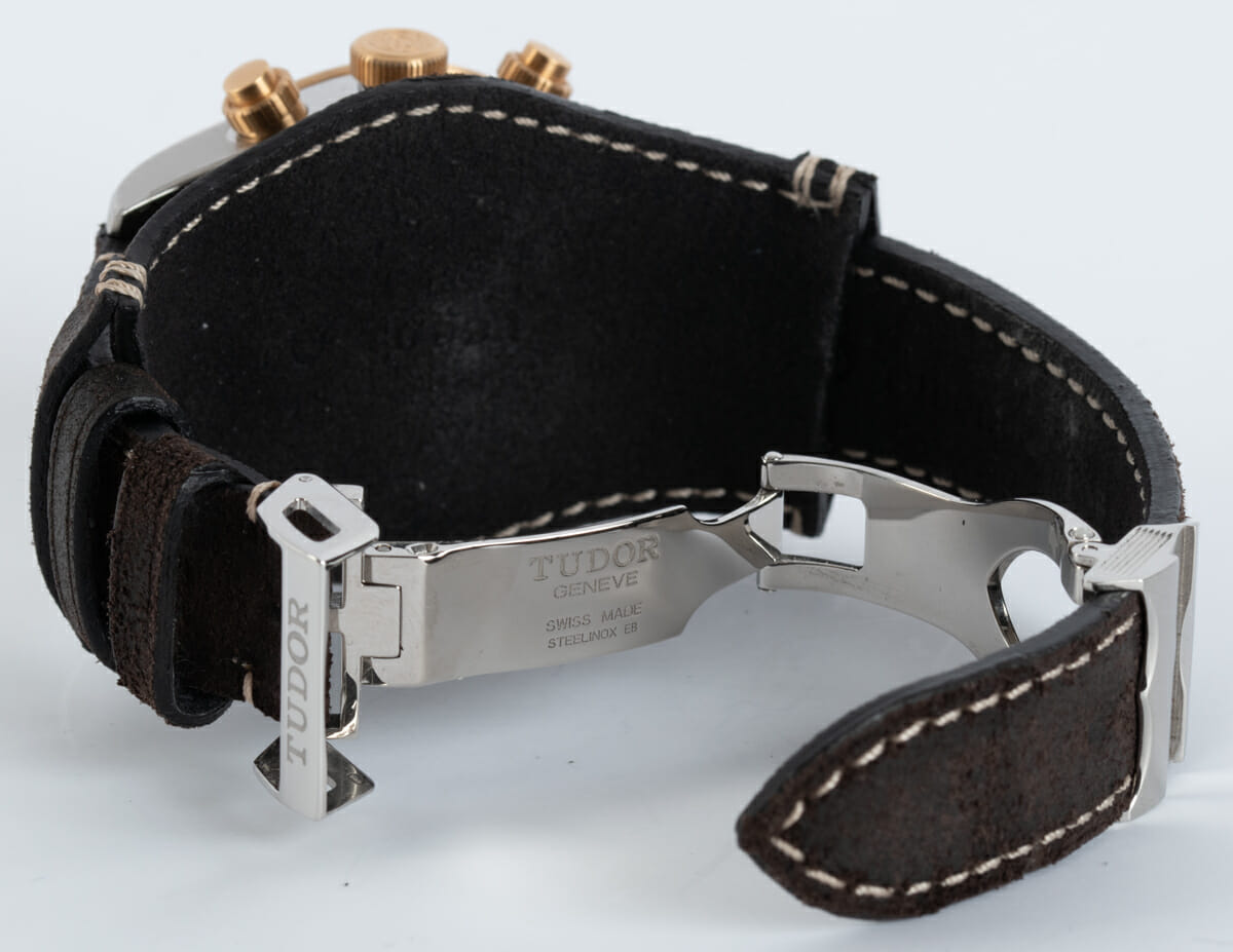 Open Clasp Shot of Heritage Black Bay Chronograph S&G