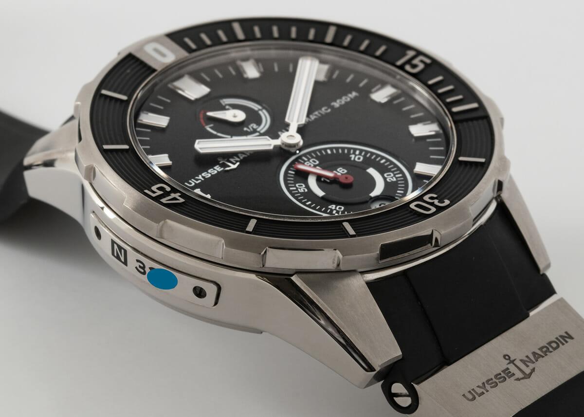 9' Side Shot of Diver Chronometer 44mm